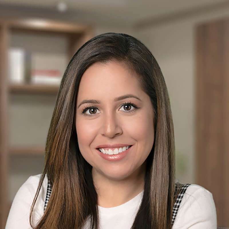 Vanessa Iparraguirre, Loan Officer